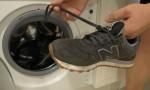Замшеве взуття: як мити в пральній машині?