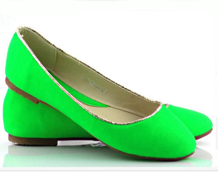 Женские балетки зеленые