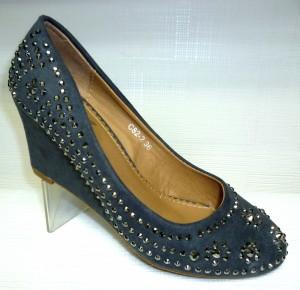 Новинки уже в продаже - купить замшевые туфли женские в черном цвете на сайте обуви Городок