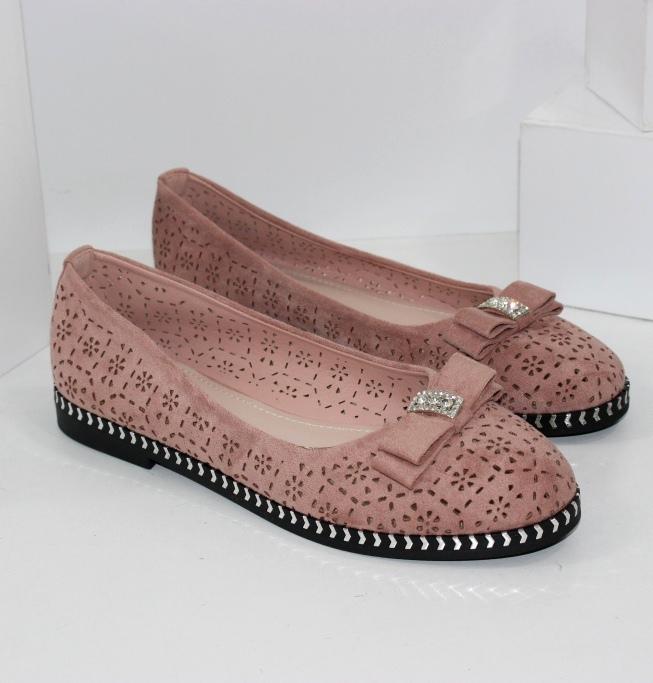 Красиві пудровие туфлі балетки на літо