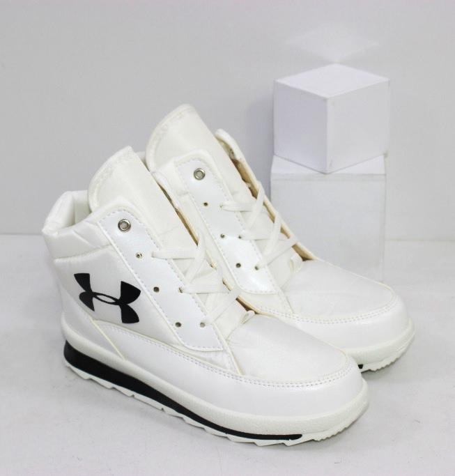 Купить белые женские дутики на шнурках