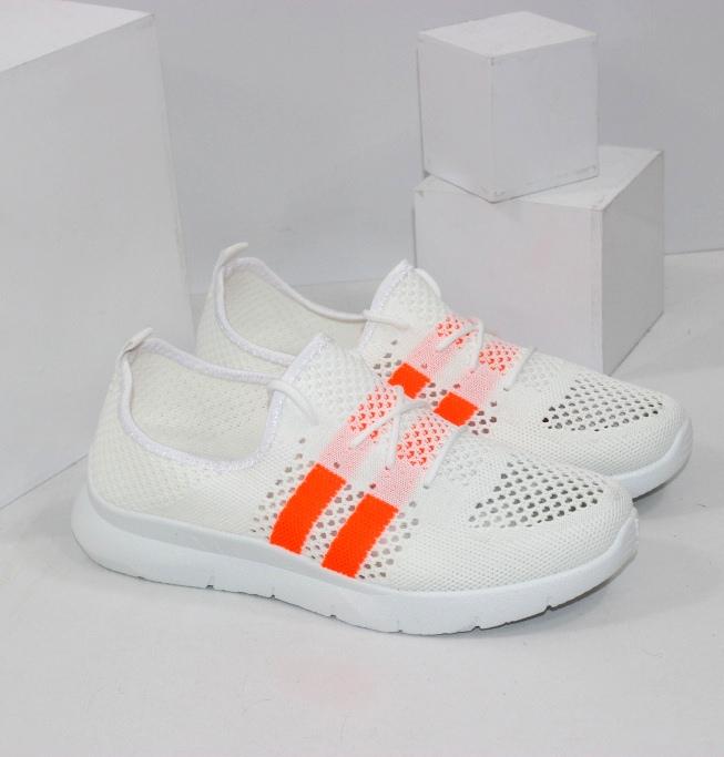Білі кросівки помаранчеві смужки для жінок