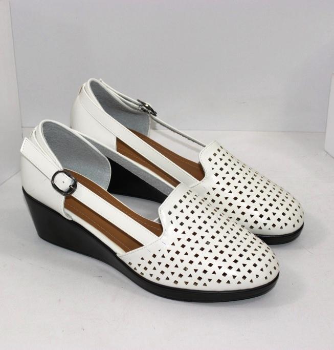 Жіночі літні туфлі деленки великих розмірів 41 42 43