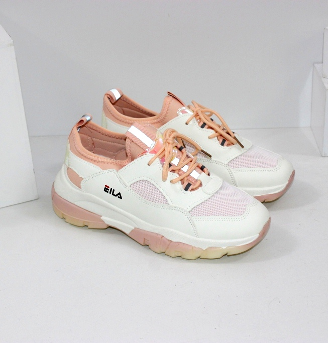 Купити білі жіночі кросівки з текстильними вставками