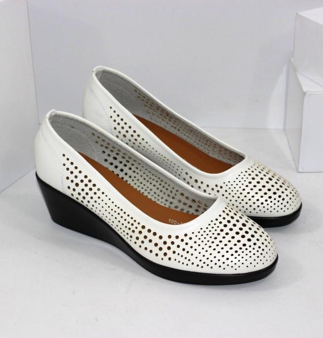 Жіночі літні туфлі човники великих розмірів