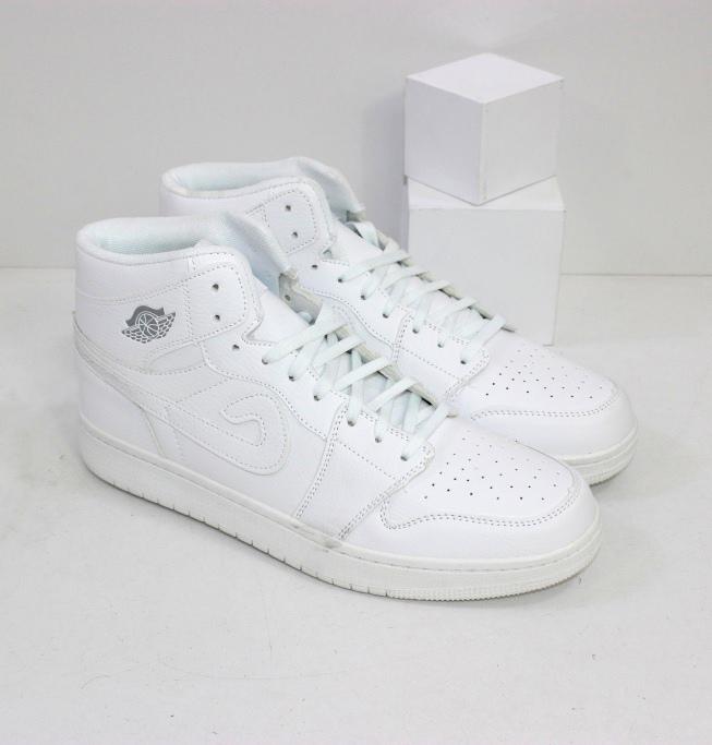 Мужские белые кроссовки хайтопы в хитовой модели от проверенного бренда
