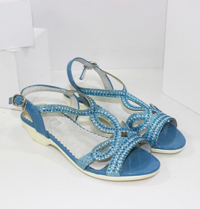 Модные босоножки на девочек купить в интернете - самые низкие цены на обувь!