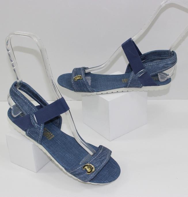 Предлагаем купить модную обувь для всей семьи по низким ценам. Новинки 2019!