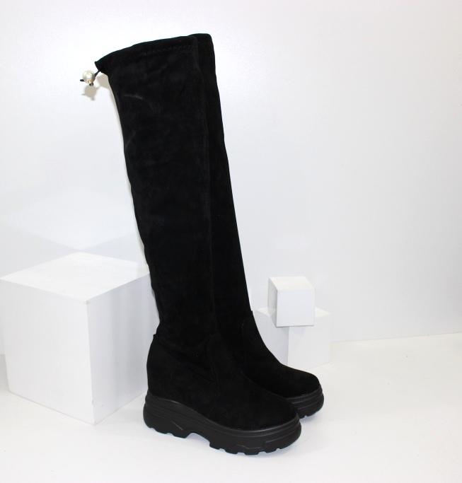 Ботфорти осінні на товстій підошві - модне взуття 2021