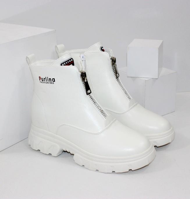 Білі черевики на весну недорого