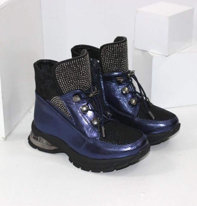 Красиві модні черевички для дівчаток