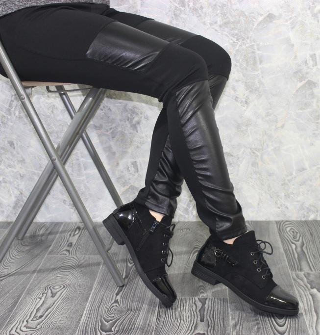 Ботинки на каблуке со шнуровкой дешево онлайн