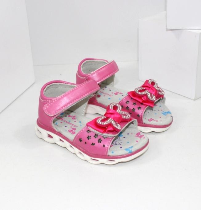 Босоножки для девочки -  яркие и модные новинки для маленьких принцесс