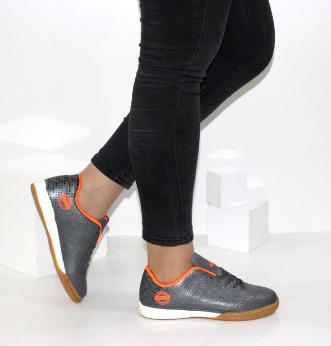 Футбольне взуття