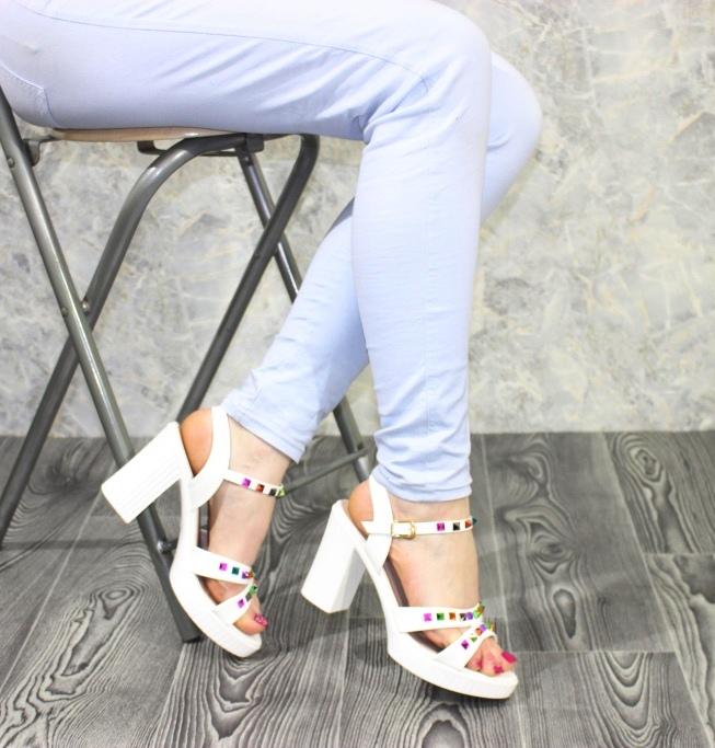 Модные босоножки купить дешево в интернет магазине