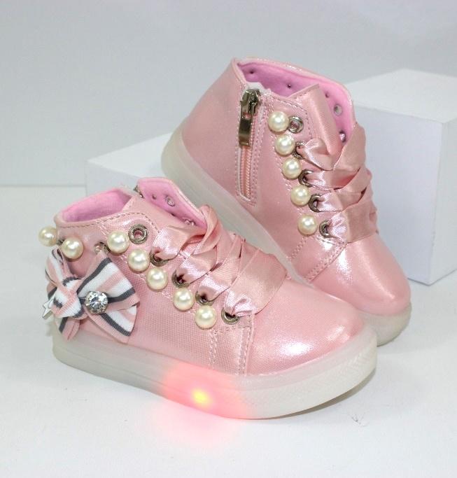 Детские демисезонные ботинки с подсветкой
