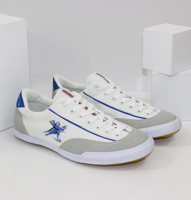 Спортивная обувь для подростка - большой выбор, доступные цены!