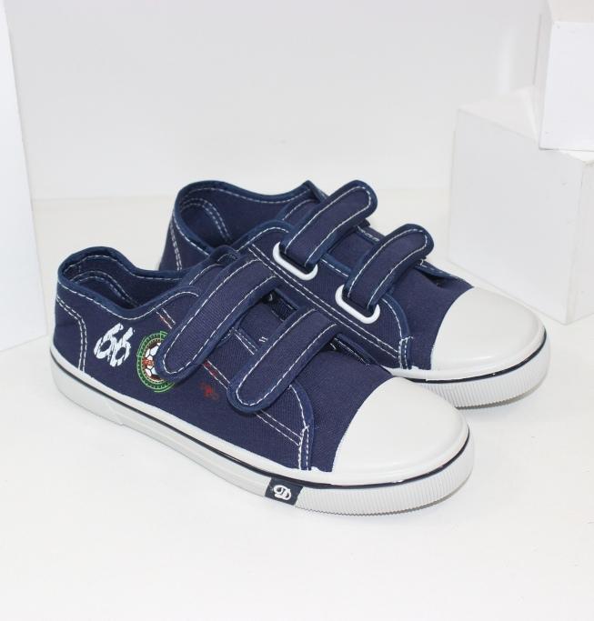 Взуття дитяче - кеди, кросівки, туфлі до школи