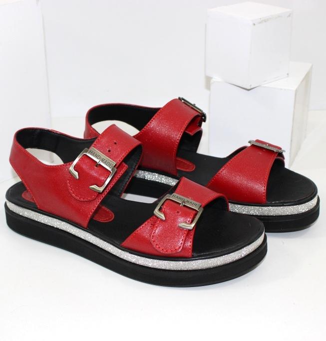 Якісна жіноче взуття з доставкою по Україні. Новинки, доступні ціни, великий вибір!
