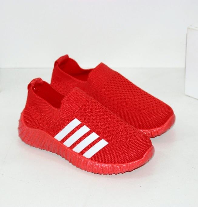 Червоні кросівки для дівчаток