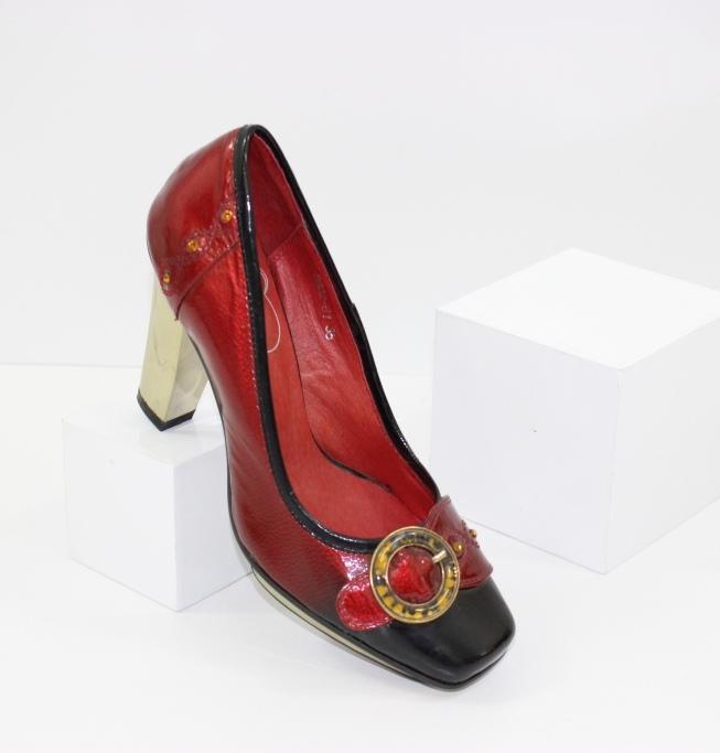 Стильні та ошатні жіночі туфлі на підборах - сайт взуття Городок