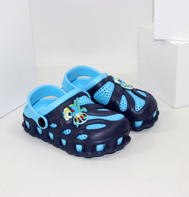 Дитяче взуття в дешевому інтернет-магазині Городок. Дропшиппінг