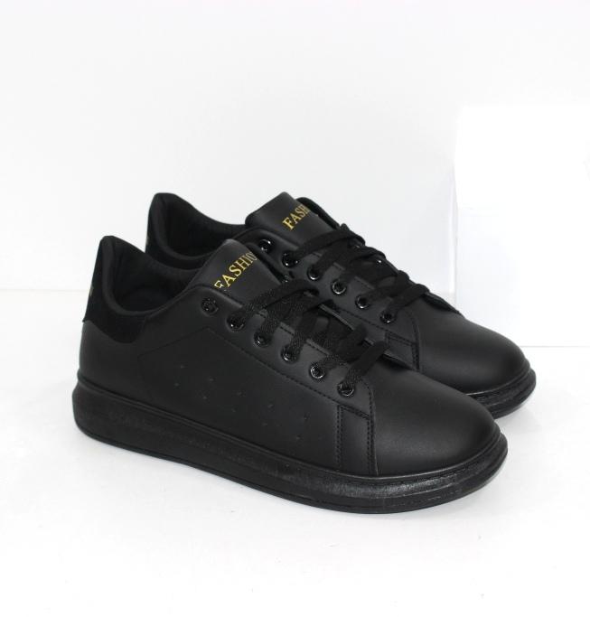 Купить недорого модные женские кроссовки в стиле Casual