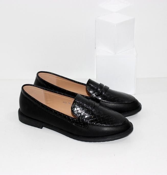 Купить недорого женские красивые туфли лоферы чёрного цвета