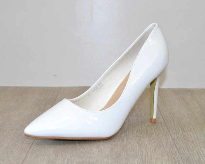 4523f53c8d7d Белые лаковые туфли женские артикул YS-429 - туфли на каблуке купить ...