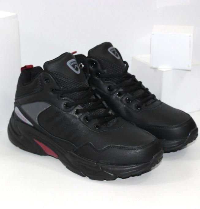 Зимові кросівки чоловічі бренду Sayota