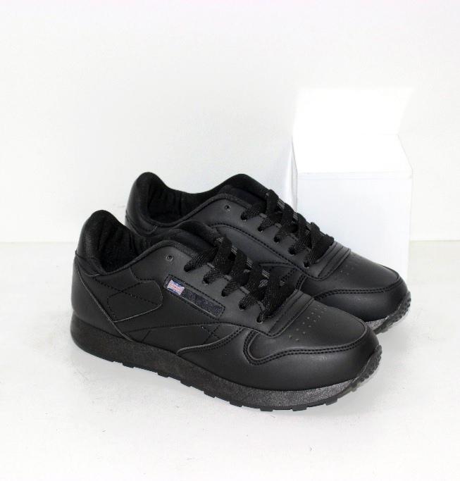 Купить женские черные кроссовки на низком ходу