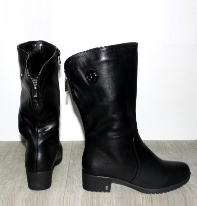 Жіночі шкіряні чоботи 823