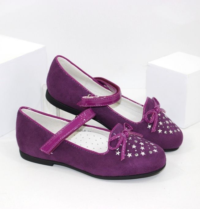 Туфлі, кросівки, босоніжки - модне взуття для ваших модниць. Новинки 2020!