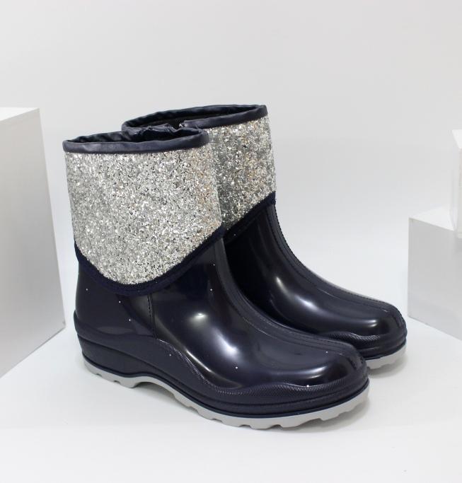 Практичні жіночі гумові черевики на блискавці