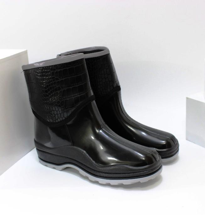 Дуже зручні жіночі гумові черевики