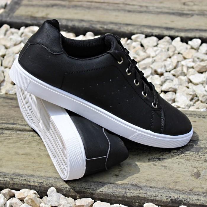 Мужские черные кеды на шнурке артикул Е662-1 -  купить в интернете через сайт обуви