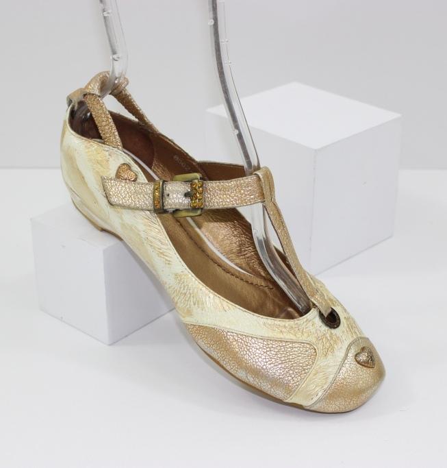 Доступная обувь для всей семьи - сайт обуви Городок