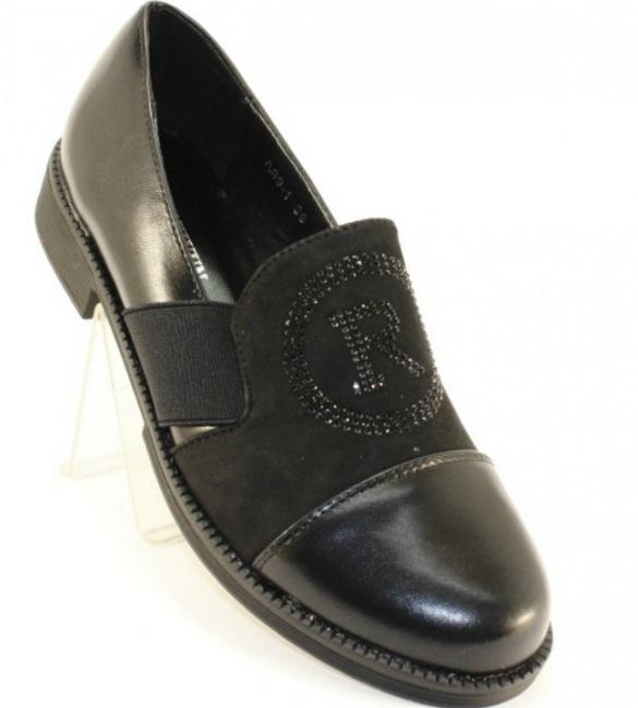 Жіночі туфлі на стійкому каблуці
