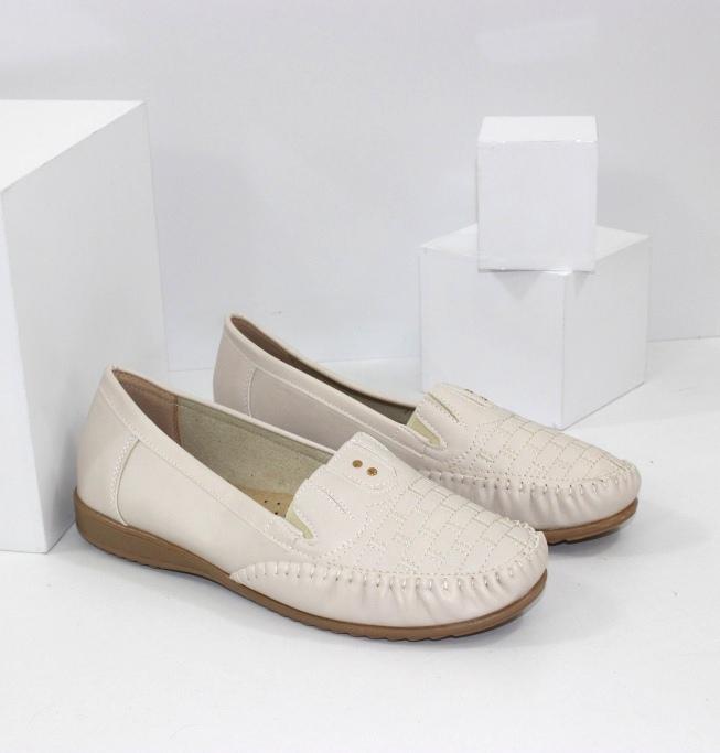 Купити жіночі туфлі літні на сайті взуття Городок. Батальна серія!