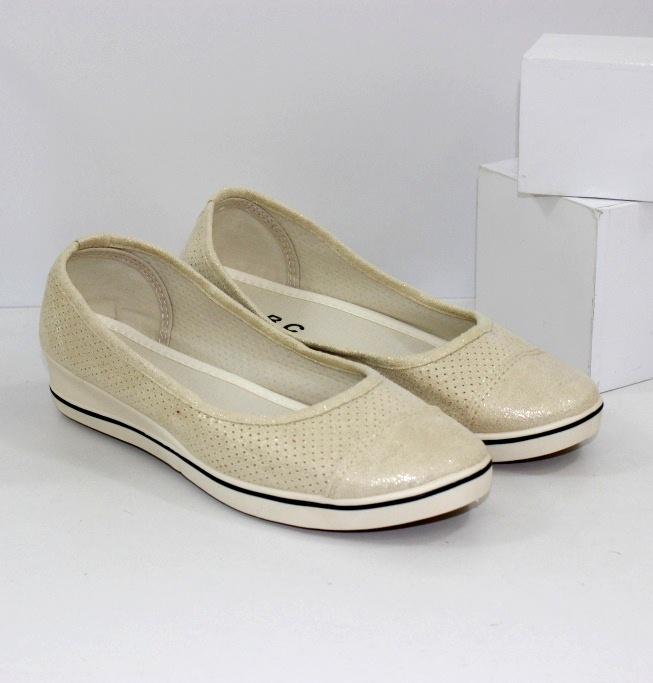 Жіночі туфлі на танкетці недорого купити через інтернет