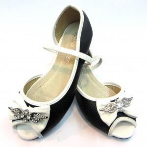купить недорого на сайте обуви детские босоножки на девочек