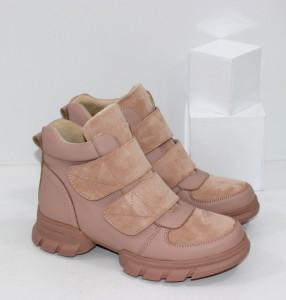 жіночі черевики на низьких підборах