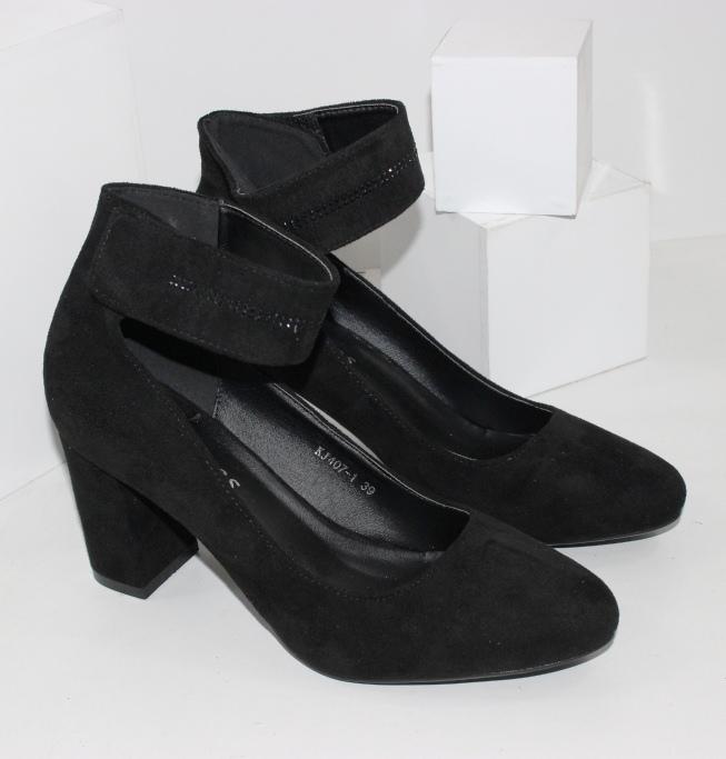 Туфлі на високих підборах замшеві чорні