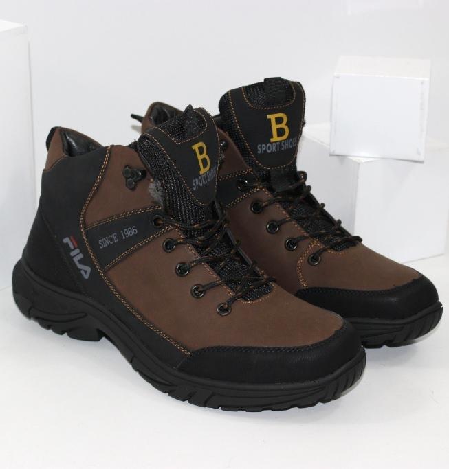 Стильні брендові черевики для чоловіків на зиму