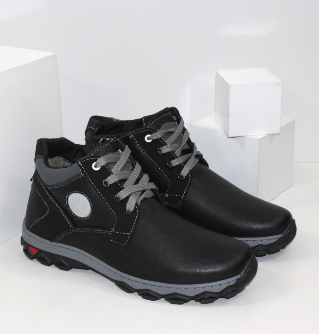 Зимові чоловічі черевики комфорт